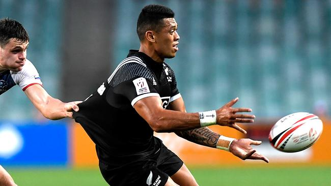 Etene Nanai-Seturo's appearance for New Zealand at the Sydney Sevens last month brought his contract tug of war to a head. Photo: Bradley Kanaris
