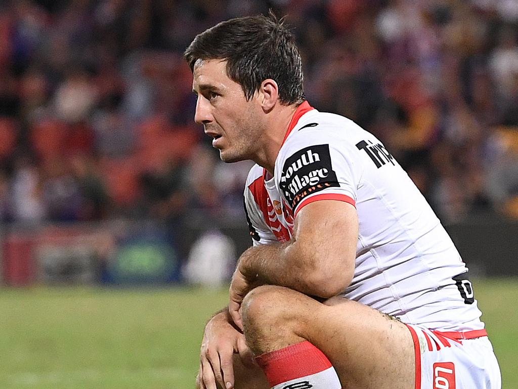 Ben Hunt of the Dragons reacts following a Warriors try during the Round 9 NRL match between the New Zealand Warriors and the St George Illawarra Dragons at Suncorp Stadium in Brisbane, Saturday, May 11, 2019.  (AAP Image/Dave Hunt) NO ARCHIVING, EDITORIAL USE ONLY