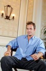 "Actor Luke Perry smiles during a video convention at the Bellagio July 26, 2005 in Las Vegas, Nevada. Perry is promoting the science-fiction film ""Supernova"". Picture: Ethan Miller/Getty Images"