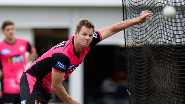 Steve Smith is seen during a training session with the Sydney Sixers at the SCG in December, 2018