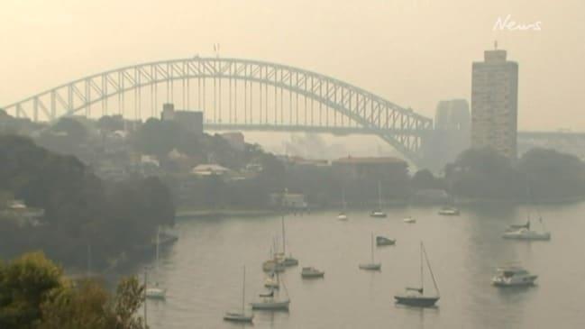 Sydney cloaked in 'hazardous' smoke as bushfires rage