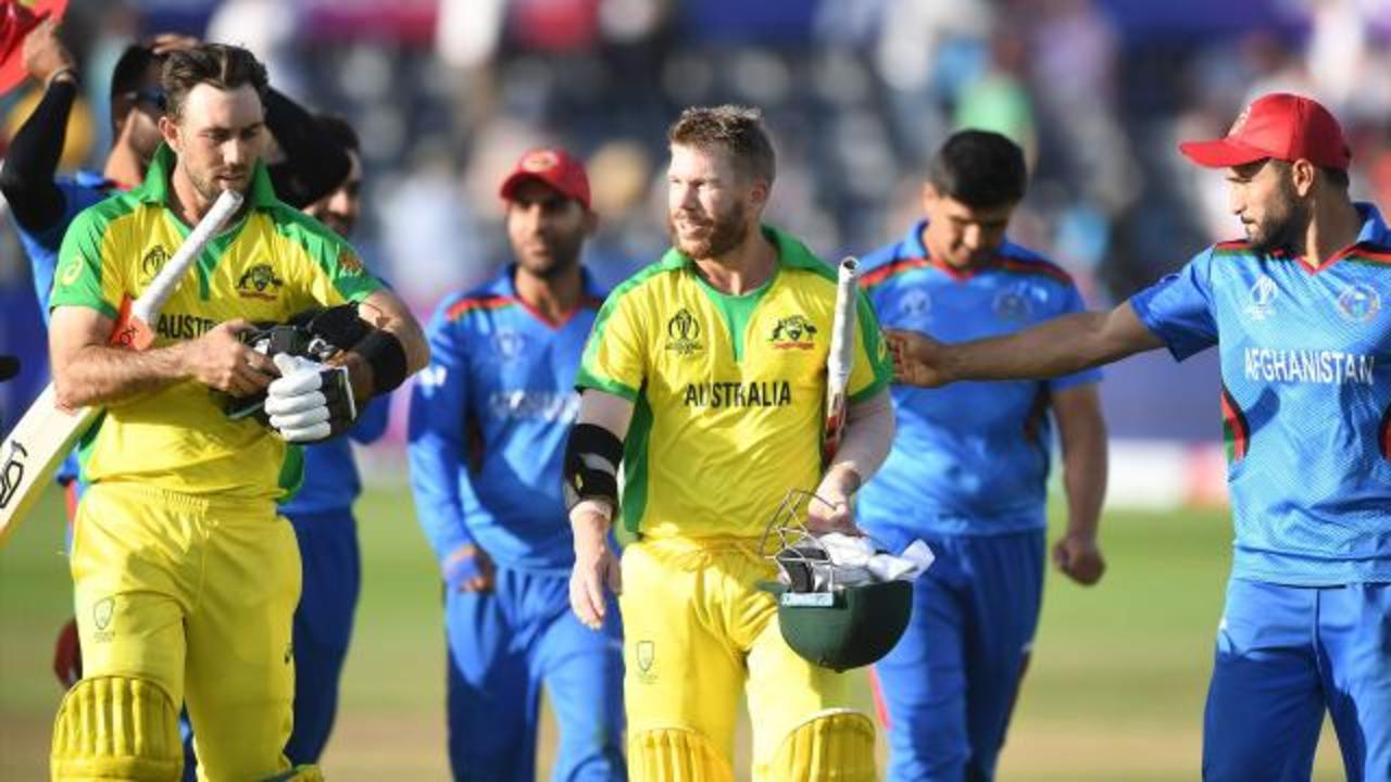 Aussies claim opening win