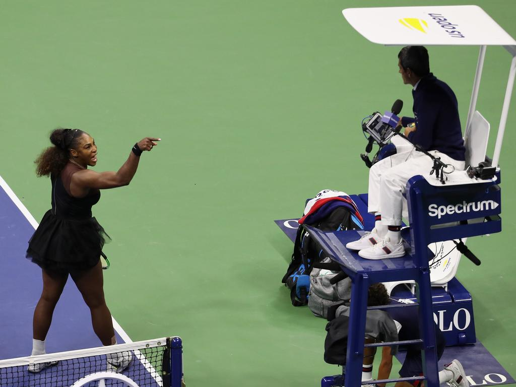 Serena Williams points the finger at umpire Carlos Ramos. (Photo by Mike Stobe/Getty Images for USTA)
