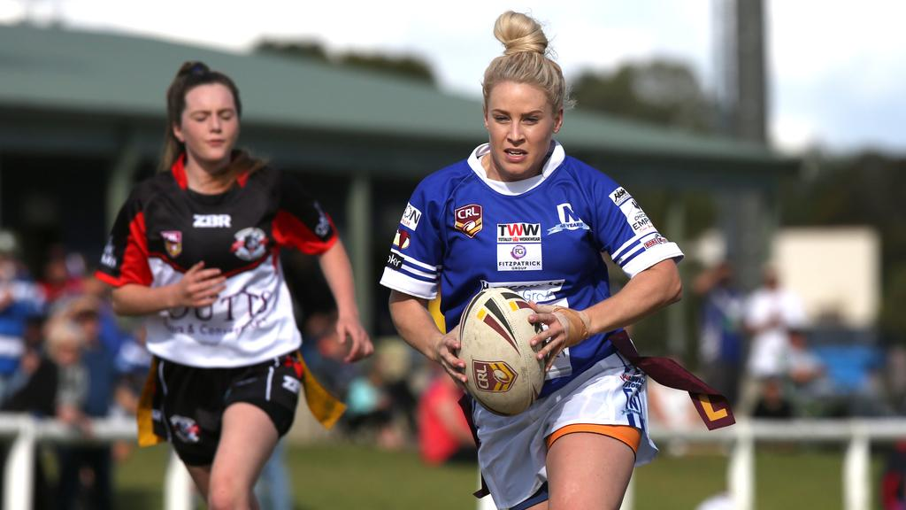 A player from the Narellan Jets Ladies League Tag team in action in 2017.