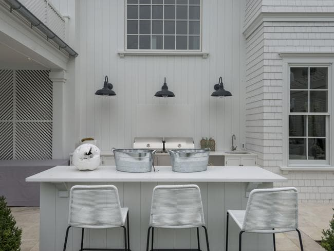 hamptons home design. The Outdoor Kitchen In This Hamptons Home The US Might Be All White But  Is Layered With Texture Including Cedar Shingles And Wall Panelling How To Make Look Work An Australian Daily