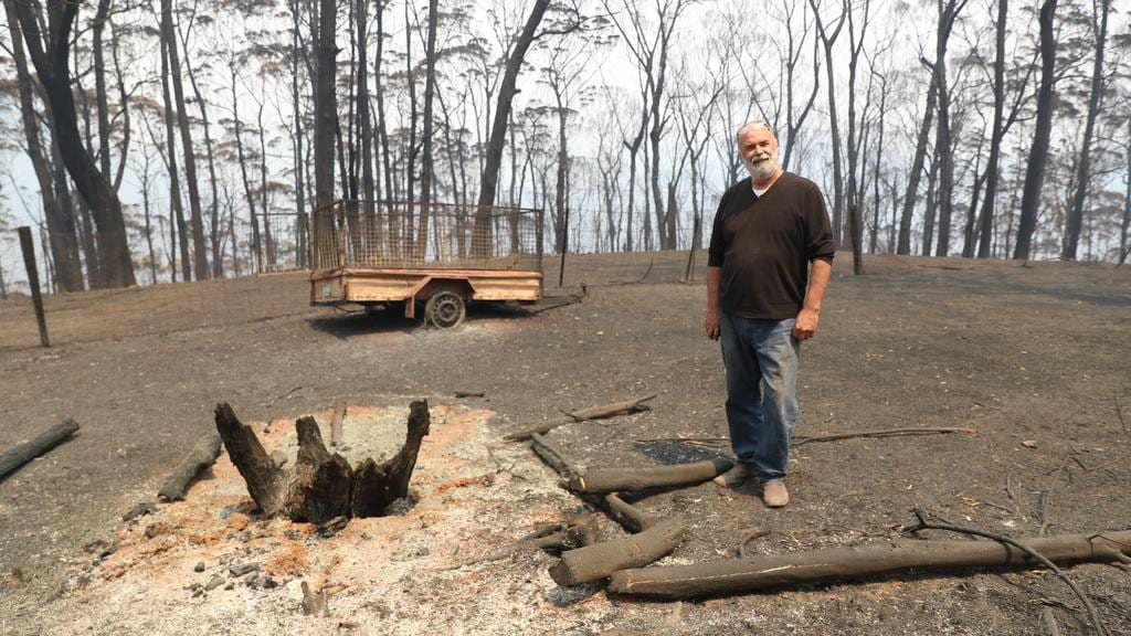 Nsw Bushfires Petition For More Firefighter Funds Hits