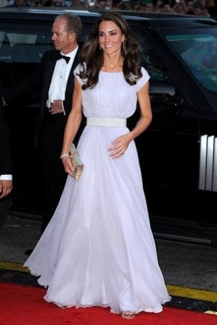 b67b86eab20 Kate Middleton s effect on fashion retail - Vogue Australia