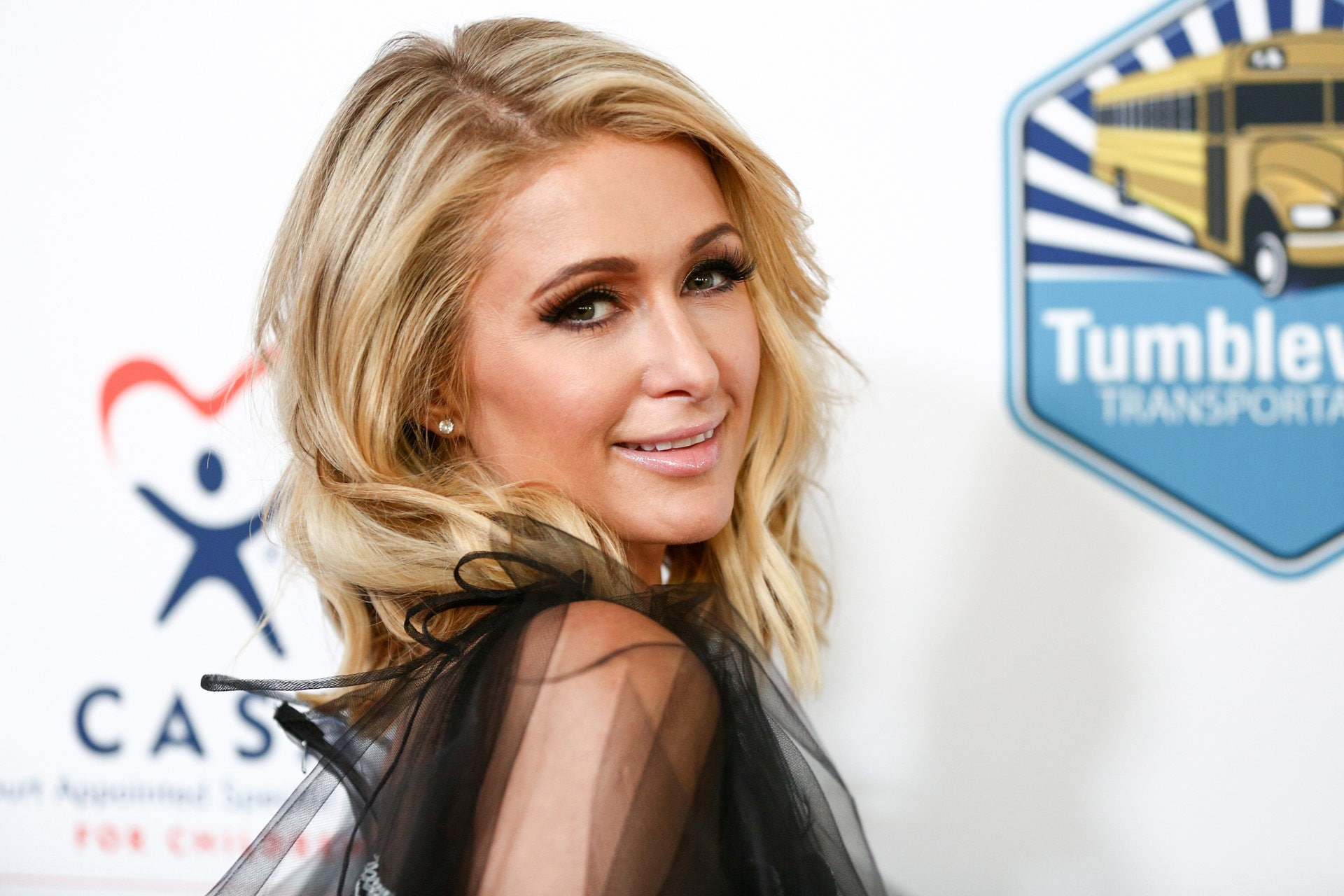 Paris Hilton says it gets lonely being Paris Hilton