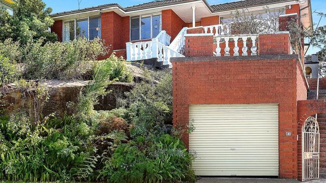 62 Burns Crescent, Chiswick sold for $3.1 million.