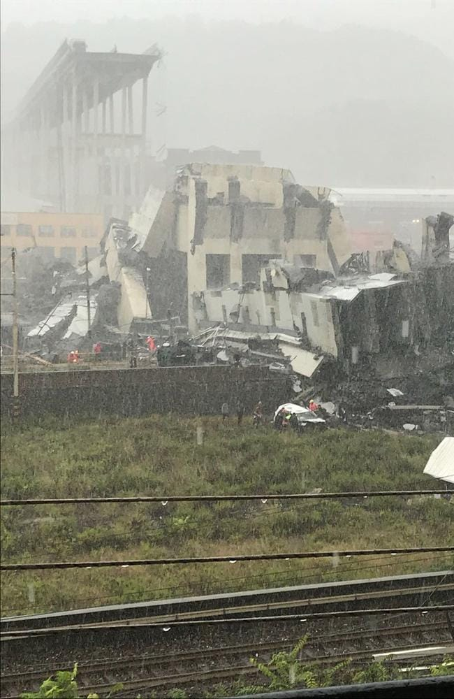 This image shows the collapsed bridge with the remaining structure in the background.