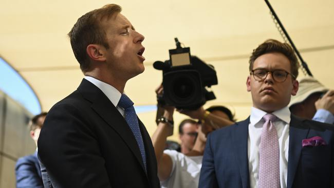 Ten News reporter Jonathan Lea spars with Bill Shorten over the cost of the emissions reduction policy. Picture: AAP
