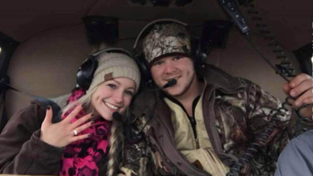 Newlyweds die in helicopter crash hours after wedding
