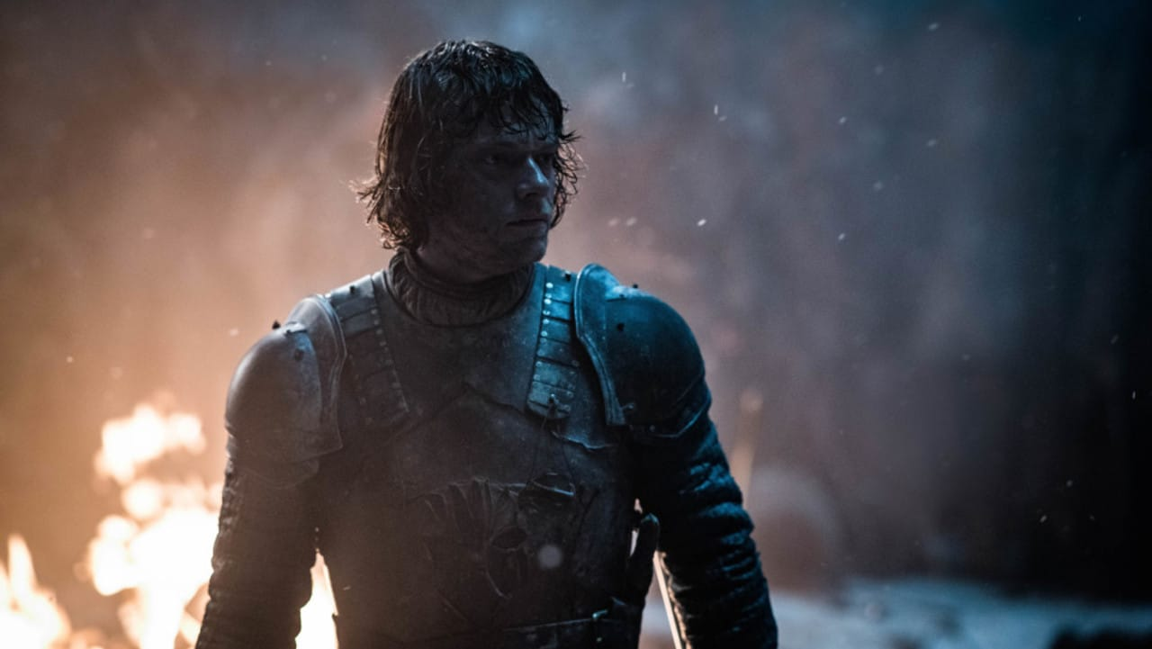 Who else wants some? Theon goes wight hunting.