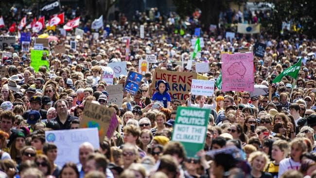 Thousands of school students and protesters gather in The Domain ahead of a climate strike rally on September 20.