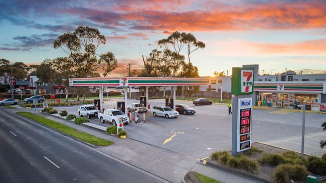 7-Eleven Mornington fetched $4.9 million.