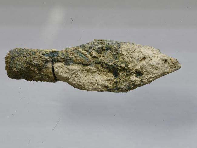 One of the Scythian type arrowheads found in the destruction layer from 587/586 BCE. Source: Mt Zion Archaeological Expedition/Virginia Withers.