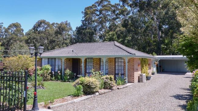 145 Wonga Rd, Millgrove sold for just $220,000 in 2004.
