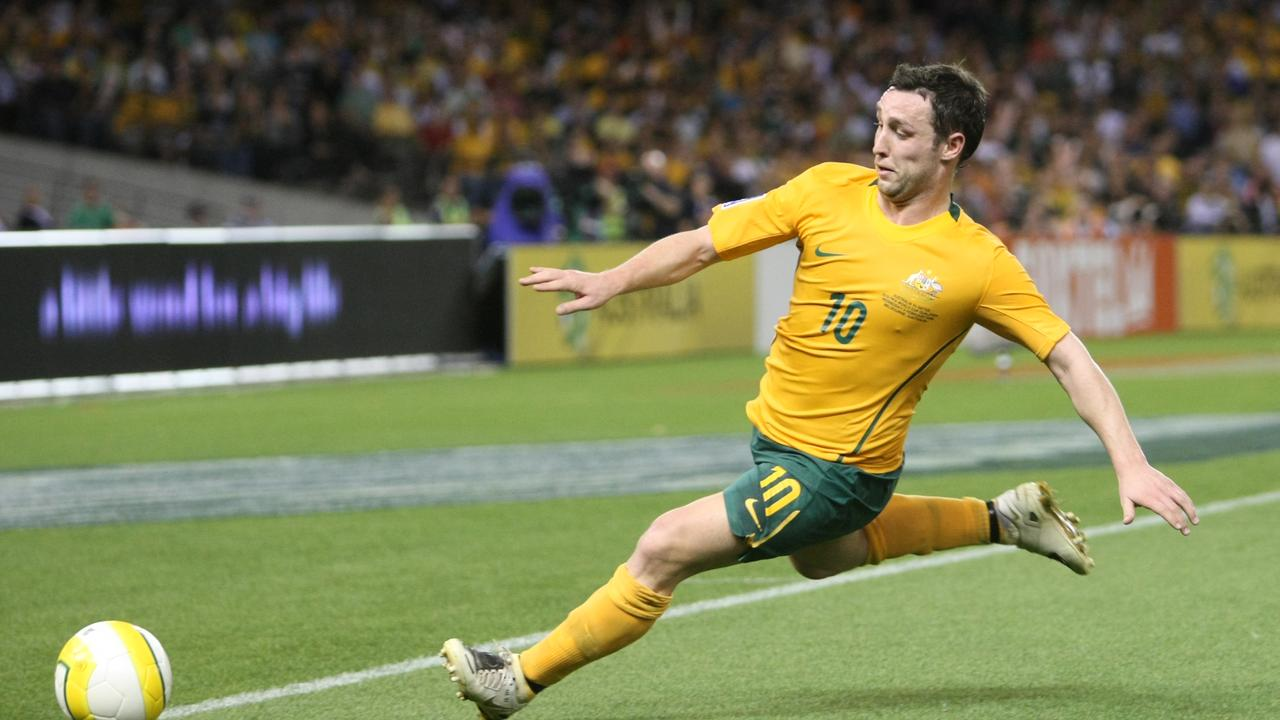 Scott McDonald in action for the Socceroos