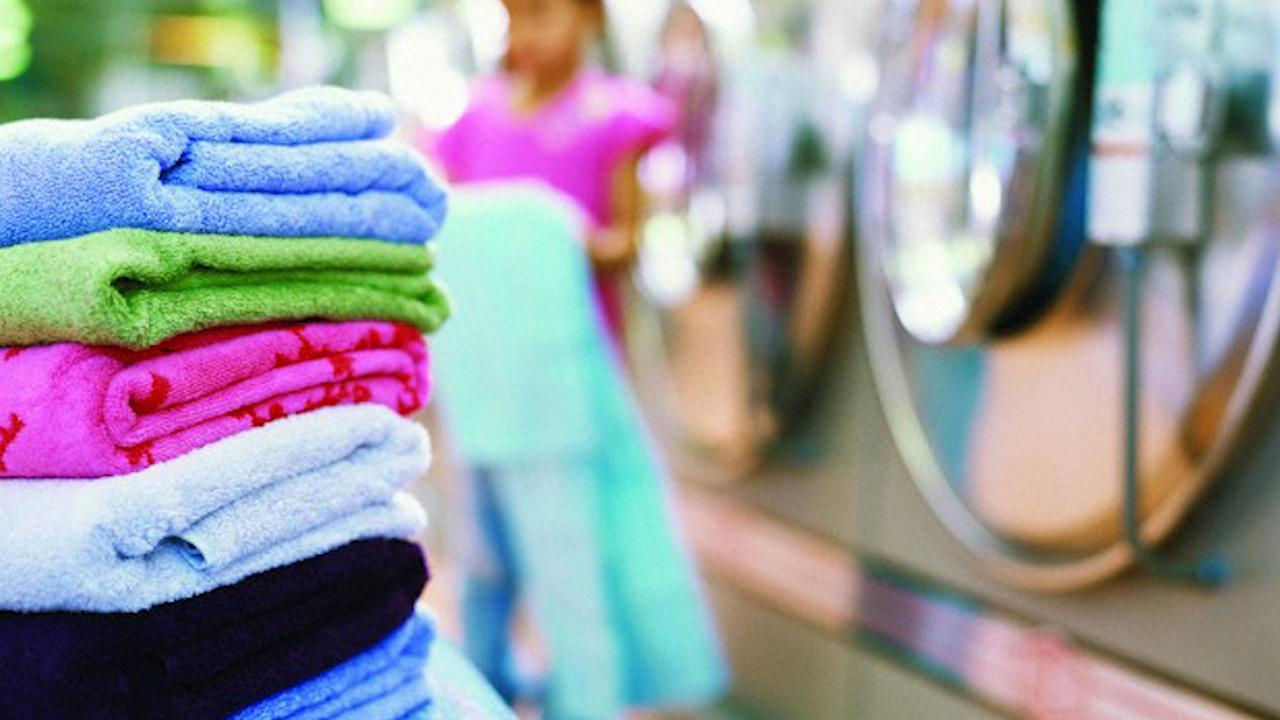 What's the Right Temperature to Do Laundry?