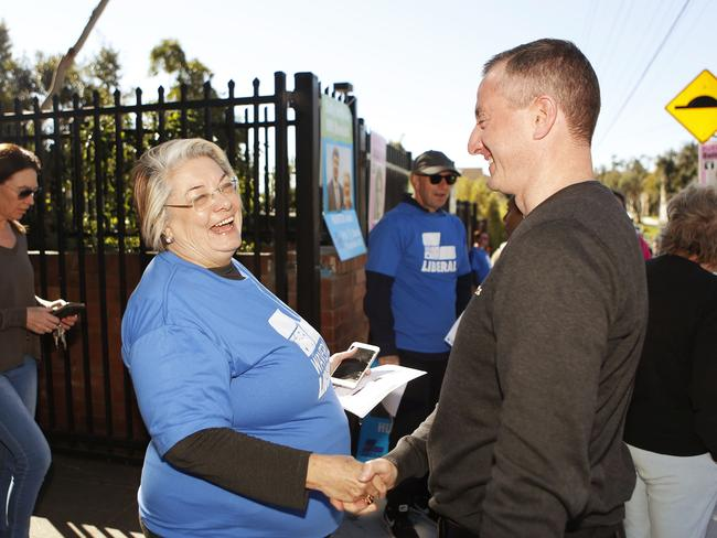 Waverley Mayor Sally Betts talks to voters at Rose Bay Secondary College. Pic: AAP Image/Daniel Munoz
