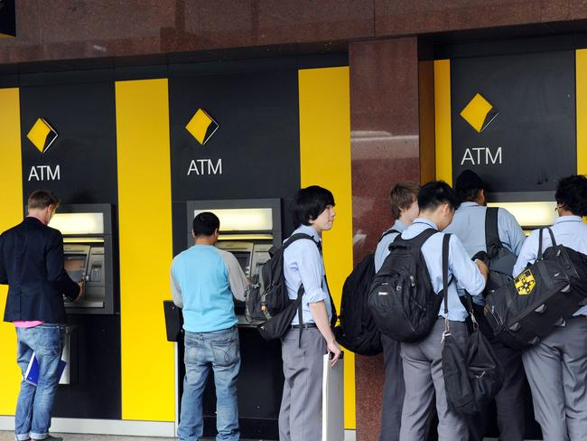 Australians are flocking to fee-free ATMs avoid fees were removed this week.