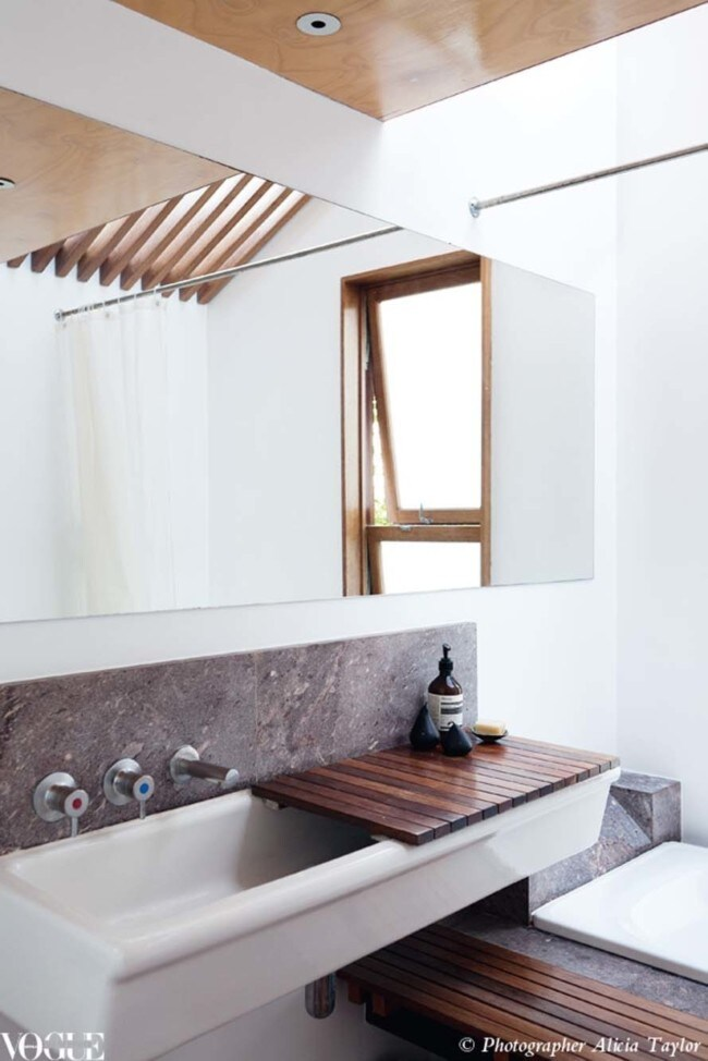 The best timber bathrooms from the pages of Vogue Living