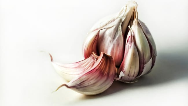Garlic can help bloating