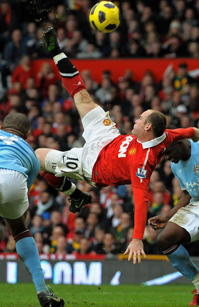 Wayne Rooney executes his stunning overhead goal against City in 2011.