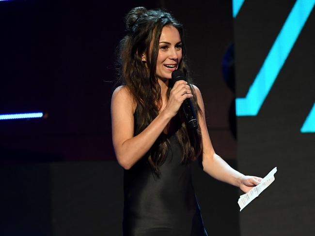 Amy Shark was overcome with emotion as she accepted the ARIA Award for Breakthrough Artist.