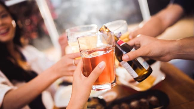 Last drinks at 11? Tell em they're dreamin'. Image: iStock.