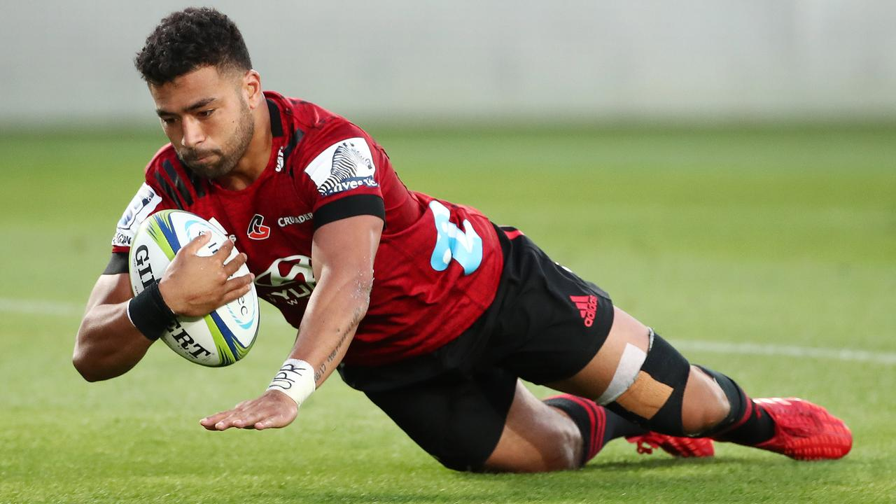 Richie Mo'unga of the Crusaders scores a try at Eden Park.
