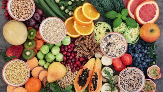 A diet rich in fibre helps burn belly fat. Source: Getty