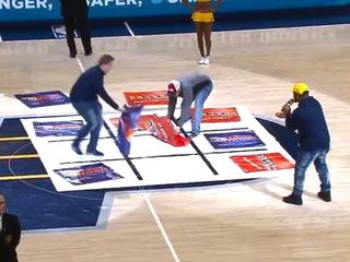 Spectators in Indianapolis ruin the fine game of Tic Tac Toe