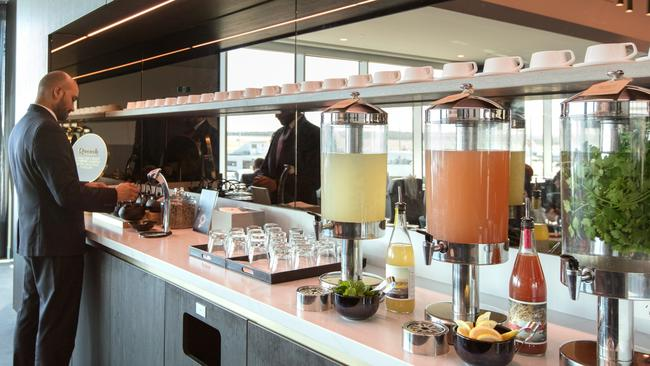 The Qantas buffet will no longer be in operation across its lounge network. Picture: Qantas