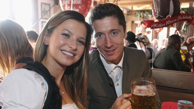 lewandowski and wife, octoberfest.file