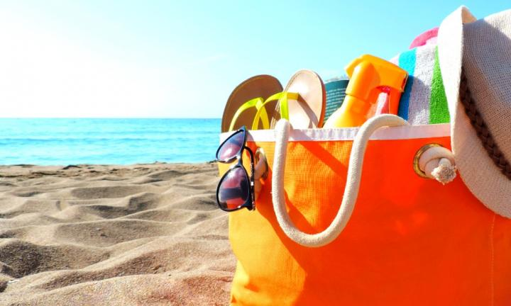 Top 10 beach bag essentials you REALLY need for a safe and smiley summer