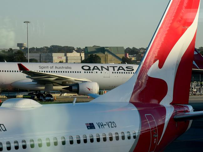 The infected man was on board Qantas flight QF1509 from Sydney to Canberra. Picture: AAP Image/Bianca De Marchi.