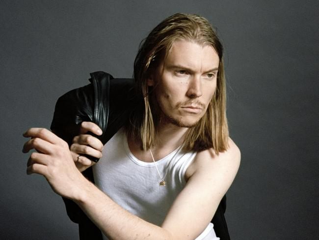 Australian singer/songwriter Alex Cameron is now mates with Brandon Flowers. Picture: Inertia