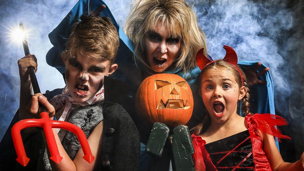 Halloween date in Perth