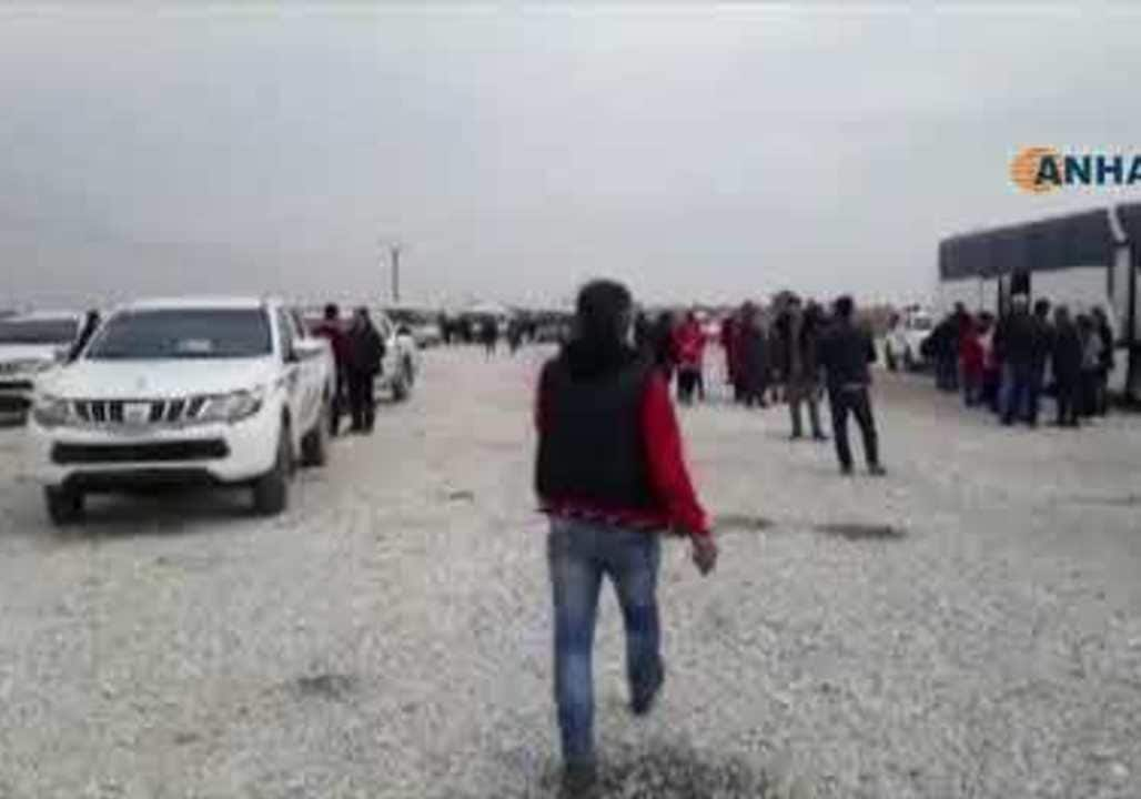 Kurds Travel to Afrin 'in Solidarity' with Under-Fire Residents