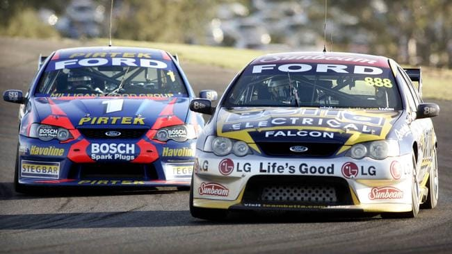 2005: Lowndes beats Ambrose for T8's first win.