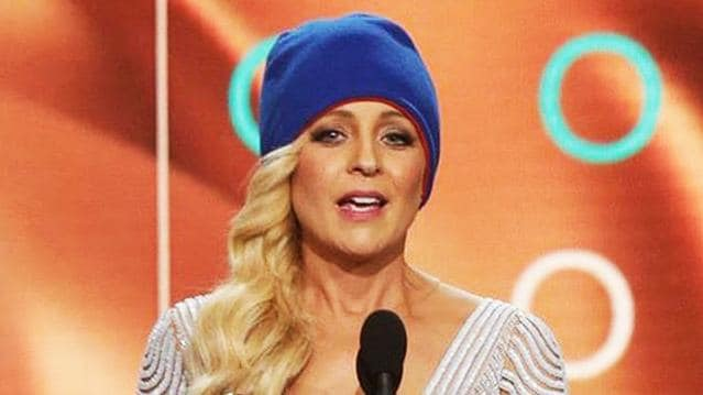 Carrie Bickmore wearing her charity beanie at the Logies.