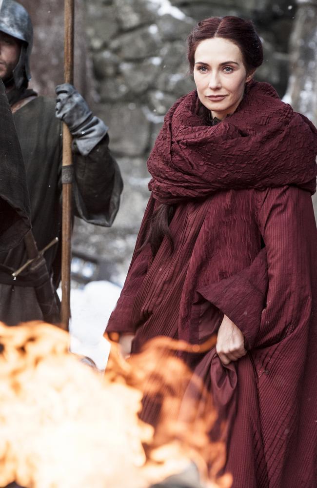 Game of Thrones: David Benioff's wife Amanda Peet defends ...