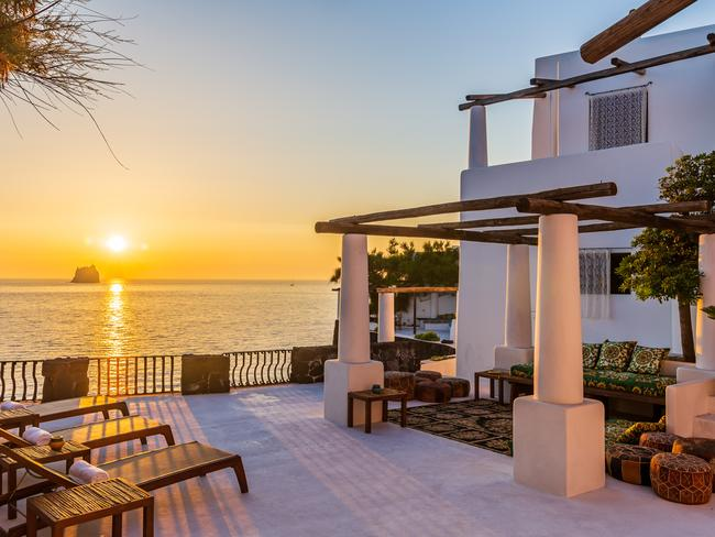 Imagine watching the sun set from here. Picture: Lionard Luxury Real Estate.