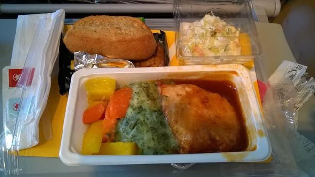 A Flight Attendant Has Revealed The Gross Truth About Food You Eat On Planes Picture Milo FlickrSourceFlickr