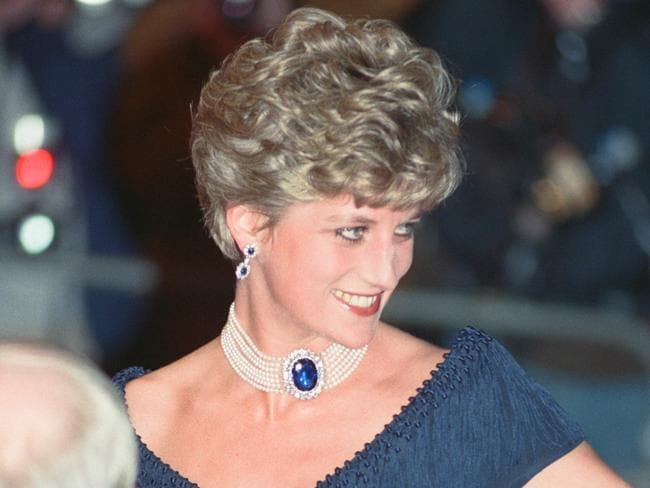 Diana's iconic sapphire and pearl choker. Picture: Chris Grieve/Mirrorpix/Getty Images