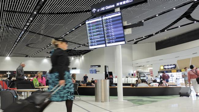 Nz Airport Travellers Who Don T Disclose Phone Passwords Face 5k Fine