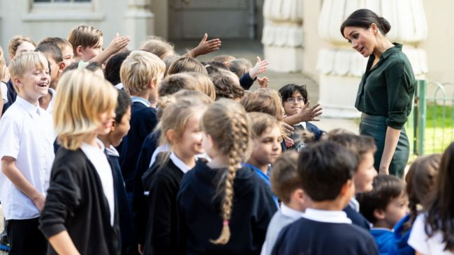 School children play a dangerous game of 'Guess the duchess's age'. Picture: Mark Cuthbert/UK Press. Source: Getty Images
