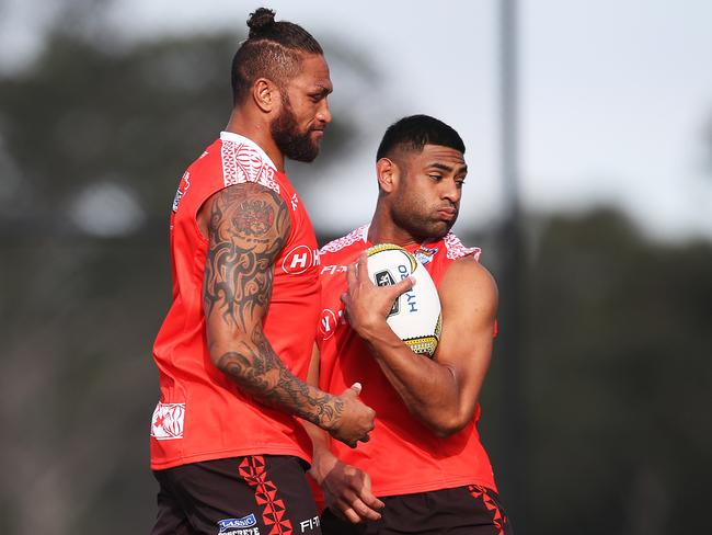 Manu Vatuvei and Daniel Tupou during Tonga training.
