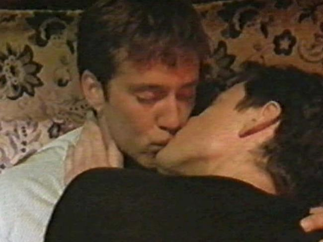 Spencer McLaren as Richie and David Tredinnick as Simon in The Secret Life Of Us.